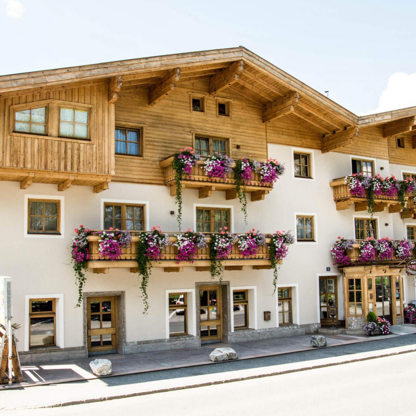 Pension Alpenrose in Kaprun.